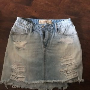 Hollister distressed skirt